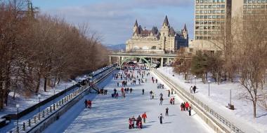 Ottawa:<br/>Longfields-Davidson Heights High School
