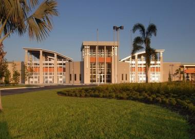Florida - Palm Bay: <br/>Heritage High School